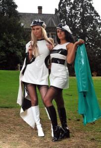 Zweifarbiges PVC Minikleid